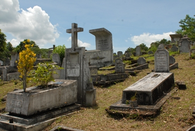 ngha trang grave