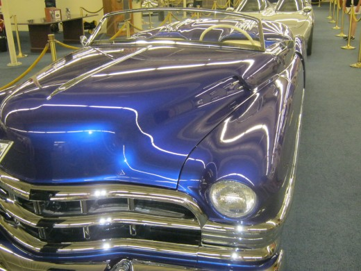 Beautiful colors on cars, too!