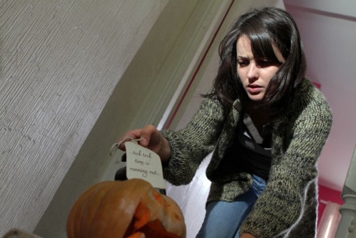 "He leaves her a pumpkin containing a clock with a note that reads ""Tick Tock Time is Running Out"""
