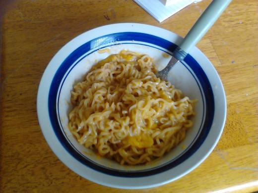 Yummy Cheesy Ramen Noodles