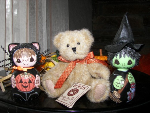 Boyd Bear with Two Halloween Handcrafted Wooden Dolls