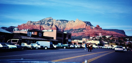 Street scene in Sedona, Arizona