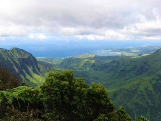 Kilohana Lookout - view of Hanalei Bay