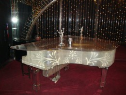 Beautiful piano at Carluccio's.