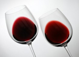 Comparing the color of two different wines