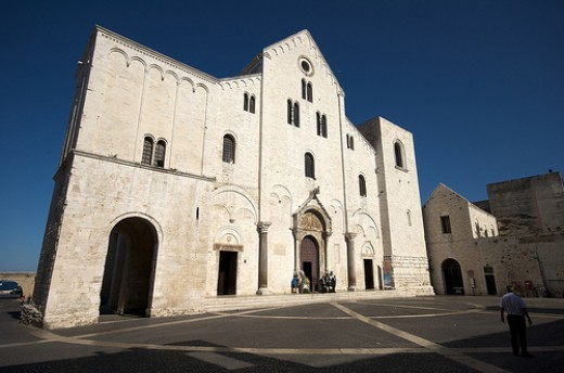 Basilica di San Nicola - Built around stolen bones.