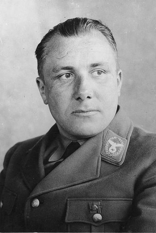 Porträt Martin Bormann 1934