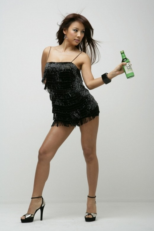 Hyori Lee (Korean star) openly admits that her legs are short and that she never takes off her high heels.