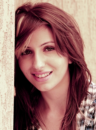 Natalie Di Luccio, Canadian singer who sings in several languages including Hindi