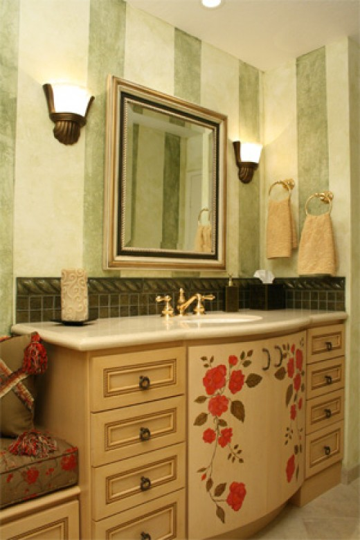 Small bathroom makeovers bathroom lighting hubpages for Bathroom ideas you can use
