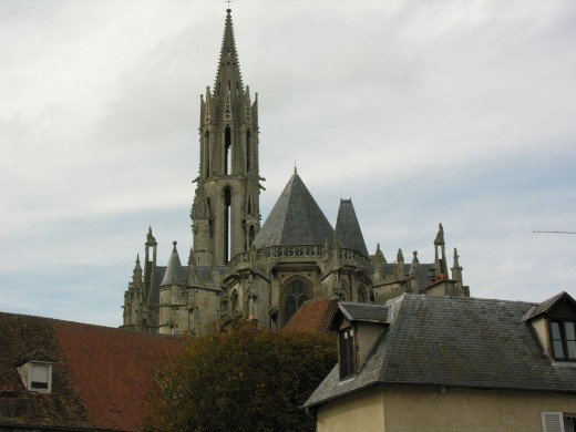 Senlis Cathedral seen from the east