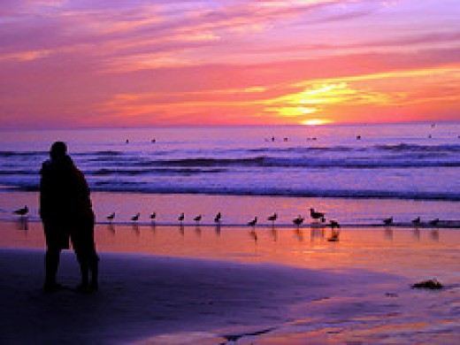 Lovers at Sunset, California from moonjazz Source: flickr.com
