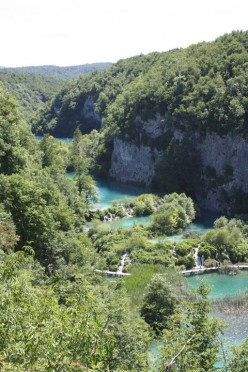 Plitvice Lakes Croatia - Waterfalls and Walkways