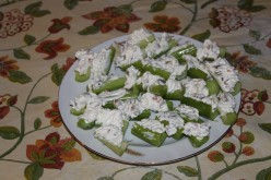 A Healthy Holiday Appetizer: Stuffed Celery