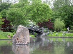 Using Large Rocks in Garden Design - A Photo Gallery