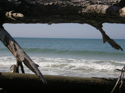 Framing San Blas - Photography by Vicki Parker