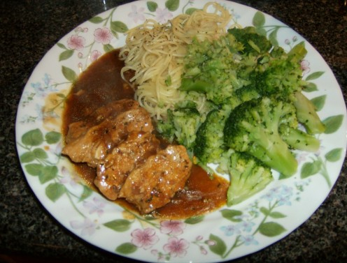 Chicken with Peppered-Herb Gravy; Broccoli with Italian seasoning, Parmesan cheese & lemon juice; Angel hair pasta with herbs.