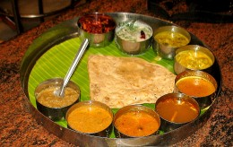 AFTER VISITING SHREE KATTU VEERA SHREE.CHI.ANJANEYAR TEMPLE YOU CAN HAVE LUNCH NEXT TO THE TEMPLE HOTEL VAISHALI MEAL PICTURE SHOWN WITH OUT STEAMED RICE SERVED AFTER YOU EAT CHAPATHI AND GO TO MUSEUM.IT IS 10 MINUTES IN THE TOWN AWAY FROM HIGH WAY.