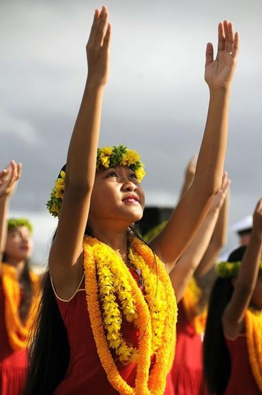 Dance little Polynesian Angel...