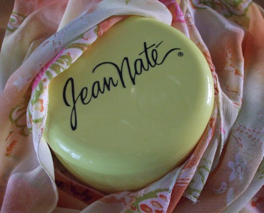 Perfumed Dusting Powder...aaaaah.  Jean Nate is a classic.