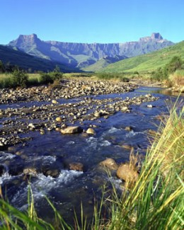 Drakensberg Mountains - For beautiful scenery and hiking opportunities