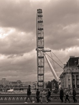 London Eye - Side View