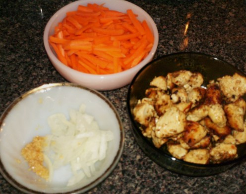 Carrots, chicken, onions & garlic.