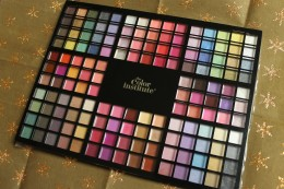 The Color Institute's Ultimate Color Portfolio contains 80 eyeshadows and 70 lip glosses and is available exclusively at Shopper's Drug Mart and Pharmaprix