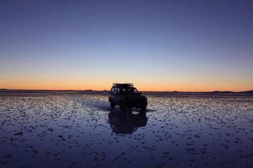 The sun has gone, but its glow encompasses the salt flats - Salar de Uyuni - Bolivia