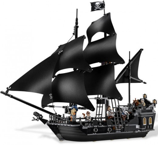 LEGO Pirates of the Caribbean Black Pearl ship