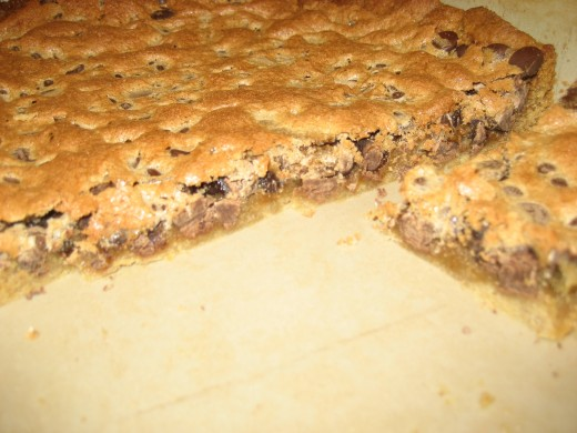 This simple bars are delicious and hard to resist!