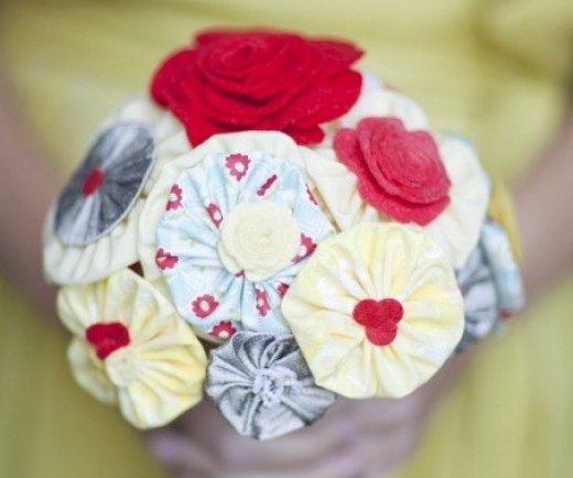 Fabric Flower Wedding Bouquet Tutorial: Crafty Wedding Bouquet Patterns, Tutorials, And Ideas