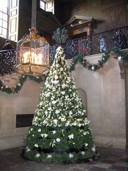 Christmas Tree near the King's Stairs at Hampton Court Palace. Does it attract the attention of ghosts as well as regular visitors?