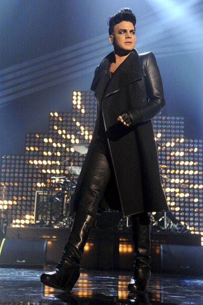 Adam performing with QUEEN at the 2011 MTVEMA awards