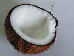 Benefits of Using Coconut Oil To Restore Hair: