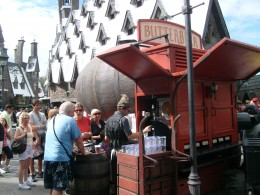 Muggles lining up to quench their thirst with butterbeer.