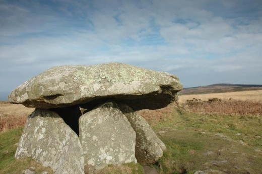 Another, closer view of Chun Quoit
