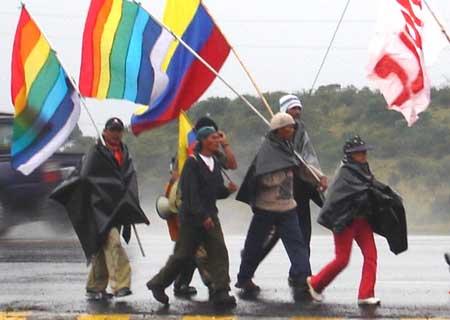 Ecuadorians in favor in indigenous rights