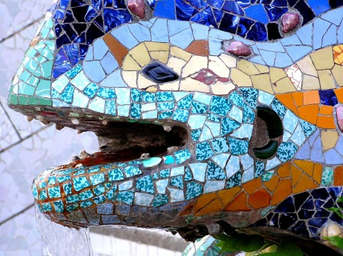 PARK GÜELL - Barcelona & Gaudi - Ideal Spanish vacation city break.
