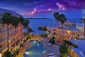 The Hyatt Key West Resort and Spa is a newly renovated, luxury, gulf-front resort with impeccable service and deluxe amenities. Recreational activities at this resort include an intimate beach area, parasailing, diving, snorkeling, fishing, and saili