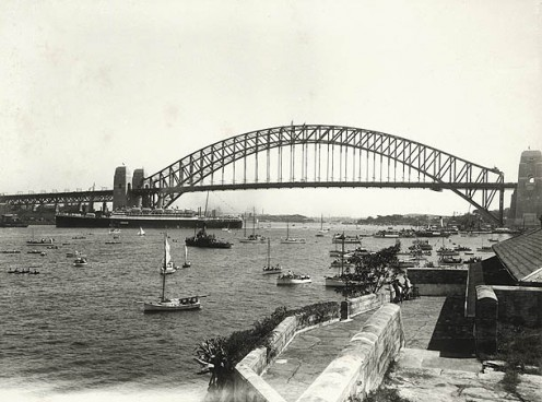 Water Pageant from Admiralty House. 19/03/1932
