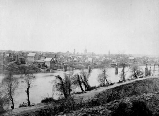 :Fredericksburg rappahannock 1863.jpg