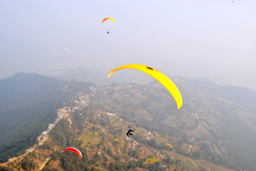 Paragliding in the himalayas - Sensational!