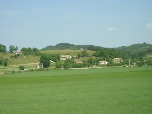 Green Istria. Homes dot the hills.