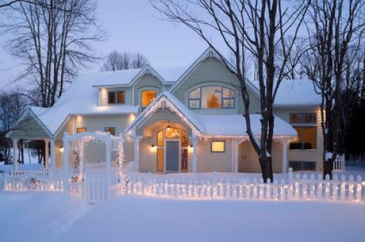 Christmas Outdoor Scene: Warm and welcoming   image credit:istockphoto - laughingmango