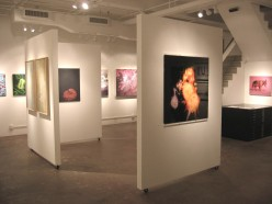 How can I figure out pricing for my artwork when displaying in a gallery?