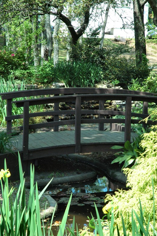 Meditation garden at the Edgar Cayce Institute.  Tranquil settings help foster the inner the tranquility of meditation.