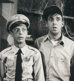Publicity photo from the television program The Andy Griffith Show. Pictured are Don Knotts (Barney Fife) and Jim Nabors (Gomer Pyle).