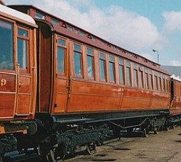 Clerestory East Coast Joint Stock teak liveried coach produced by the GNR on Gresley boagies