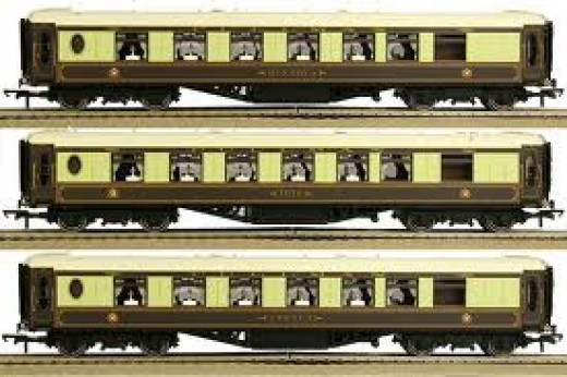 Classic Pullman carriages in 'OO' model form from Hornby